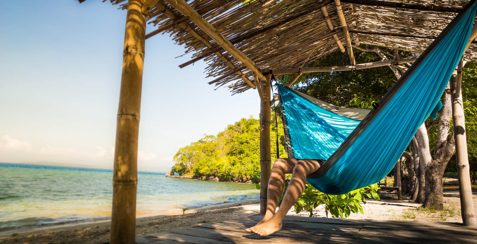 The Right Way to Lay in Your Hammock - You\u0027ve Been At It All Wrong ...
